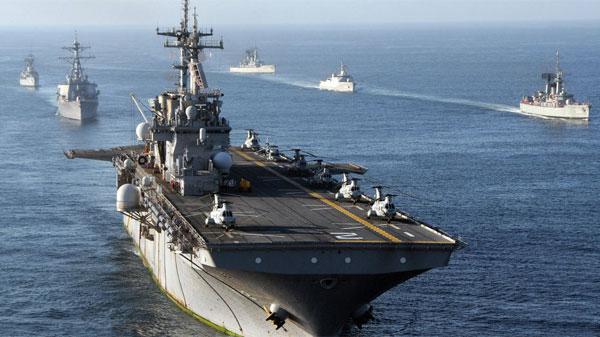 وزير الدفاع يوضح حقيقة تمركز كاسحات ألغام بحرية أجنبية في المياه التونسيّة