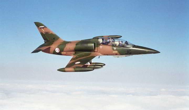 تعرض طائرة عسكرية الى عطب أثناء هبوطها بمطار صفاقس