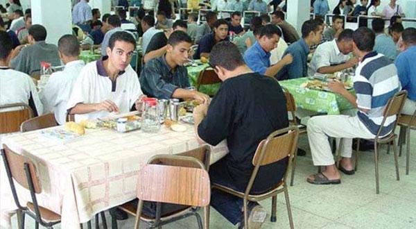 نحو تعميم بطاقة الإطعام الذكية في كافة المطاعم الجامعية