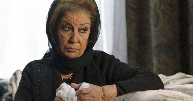 بالفيديو: منى واصف تخطف الانظار في دبي.. وهذا ما قالته عن عمرها الحقيقي