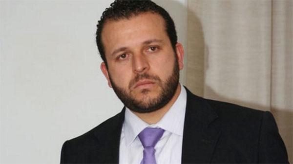 الموت يفجع منير بن صالحة.. ''أصبحت يتيما''