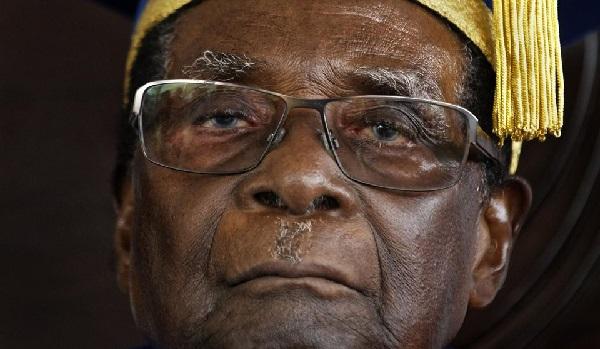 Départ de Mugabe ou nouvelle étape dans les transitions démocratiques en Afrique ?