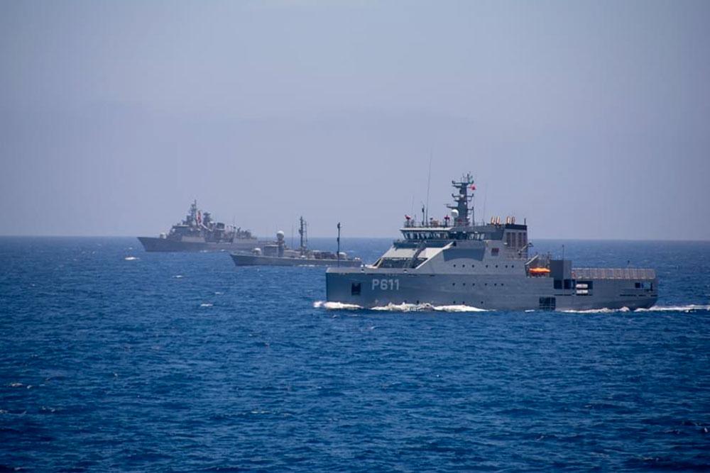 naval-1-290620.jpg