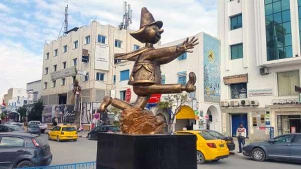 Neapolis fête ses 30 ans avec une statue géante et un programme riche