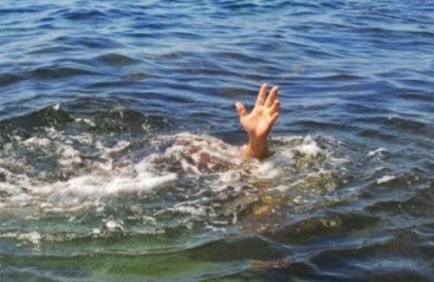 غرق طبيبين في شاطئ عين الداموس ببنزرت
