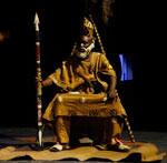 La pièce théâtrale l'homme oiseau est une ode à la vie venue du coeur de l'Afrique