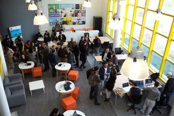 Ouverture d'un premier Orange Wifi Corner à l'ISET de Sousse : Une expérience numérique incomparable pour les étudiants !