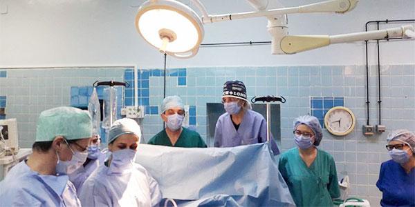 Les médecins de l'hôpital Aziza Othmana réalisent une grande première