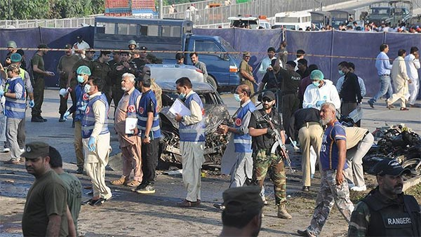 مقتل 7 من الشرطة الباكستانية في تفجير جنوب غربي البلاد