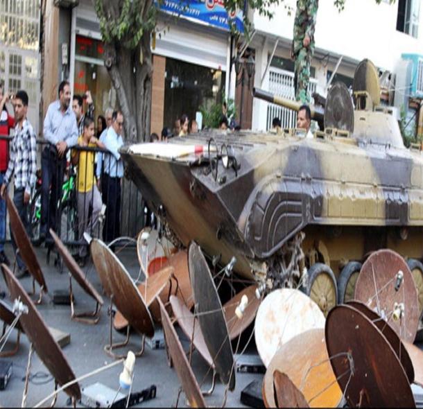 ايران: تدمير 100 ألف طبق لاقط ووسائل استقبال للبث التليفزيوني