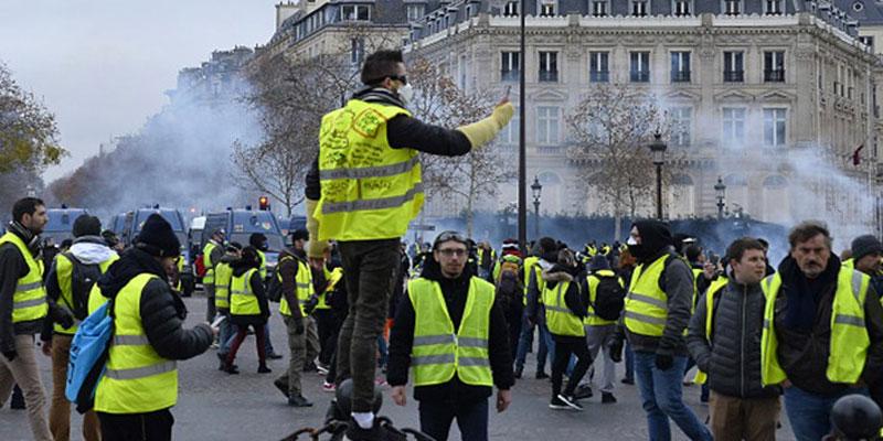 صورة من قلب باريس: الشعب يُريد إسقاط النظام