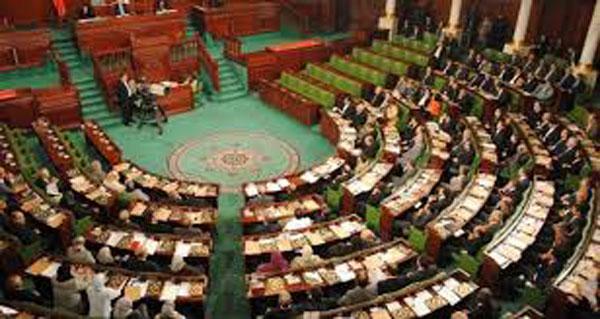 نواب يدعون لاجتماع عاجل مع الداخلية بسبب ارتفاع منسوب الجريمة في تونس
