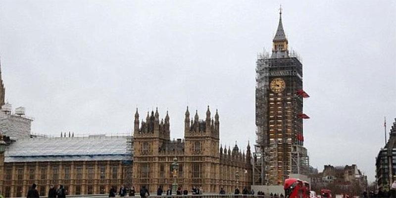 الشرطة البريطانية تفحص طردا مشبوها في البرلمان