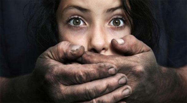 Samira Marai qualifie les 2 pédophiles arrêtés à Sousse, de barbares et de sauvages