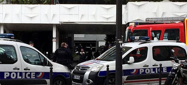 Paris : un tunisien tue son père et son frère