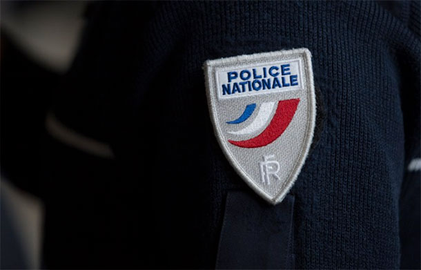 Marseille: un véhicule fonce sur un abribus, un mort et une interpellation