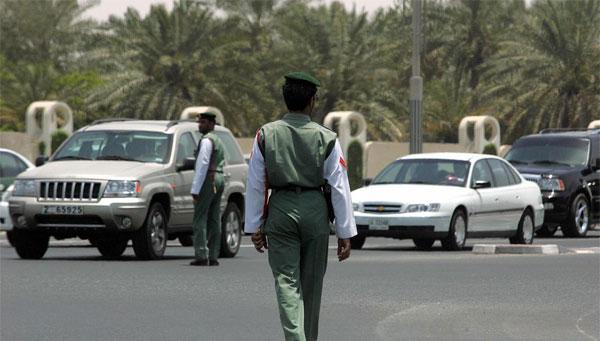 يطالب ضحاياه النساء بخلع ملابسهن: شرطة دبي توقف دجالا