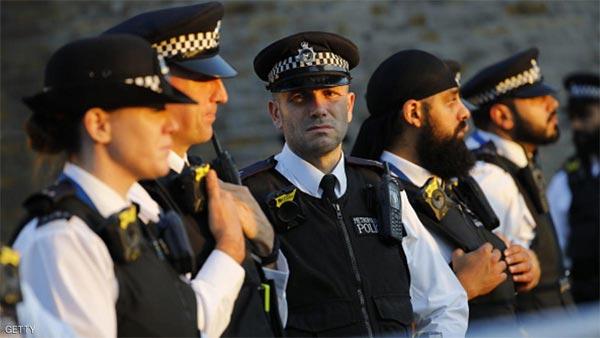 الشرطة: منفذ هجوم مسجد لندن سيخضع لـ ''فحص عقلي''