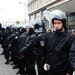 Quand la police rejoint les manifestations et … demande pardon au peuple !!!