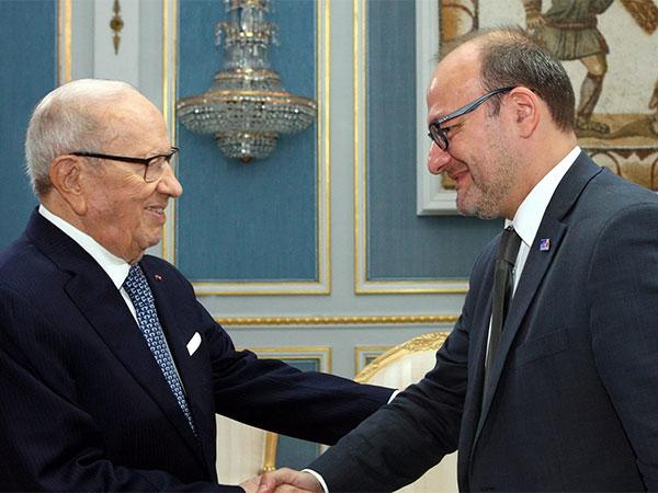 بالصّور : لقاء رئيس الجمهورية مع المدير العام لوكالة التنمية الفرنسية
