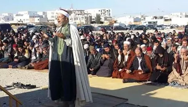 ' Salât al-istisqâ', prière d'invocation de la pluie à Tataouine