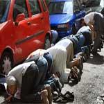 Le ministère de l'intérieur interdit la prière dans les rues !