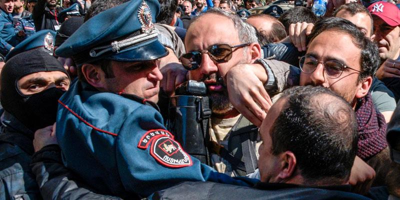 L'opposition appelle à poursuivre la mobilisation — Protestations en Arménie