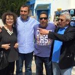 Loin du protocole, les 10 photos des artistes Français en Tunisie qu'il faut voir…