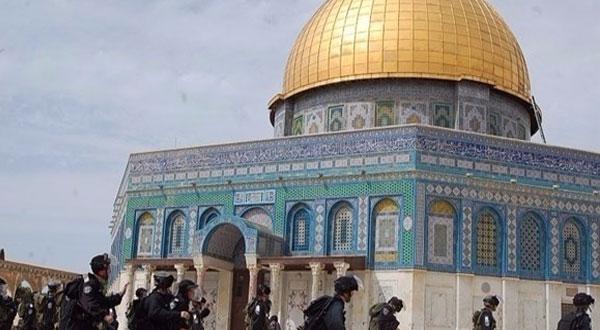 الهيئة الإسلامية المسيحية بالقدس تدعو لحماية الشعب الفلسطيني ومقدساته