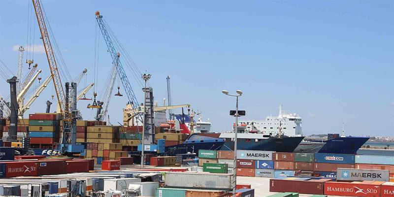 بواخر تركية بميناء حلق الوادي: وزارة الدفاع تُوضّح
