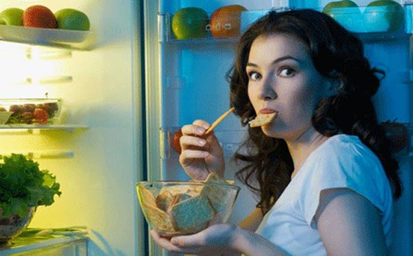 نصائح وإرشادات لمنع الشعور بالجوع ليلا