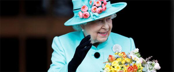 أكبر ملوك العالم وأطولهم جلوساً على العرش.. ملكة بريطانيا تحتفل بعيد ميلادها الـ91