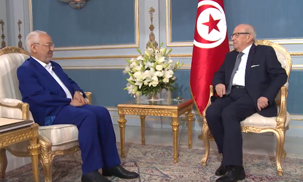Ghannouchi offre un album photo à Béji Caïd Essebsi