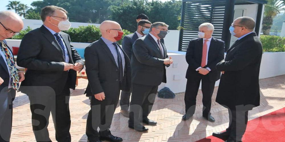 رئيس الحكومة يجتمع مع سفراء مجموعة الدول السبع الصناعية وسفير الاتحاد الاوروبي بتونس