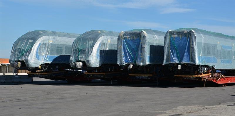 بالصور: وصول الدفعة الجديدة من القطارات الكهربائيّة الخاصّة بالشبكة الحديديّة السّريعة