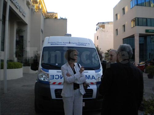 rotary-ambulance-080613-07.jpg