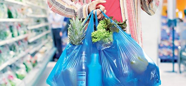 Plus de sacs en plastique dans les grandes surfaces à partir d'aujourd'hui