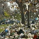 وزارة البيئة تتمسك بقرار منع استعمال الأكياس البلاستيكية لهذه الأسباب