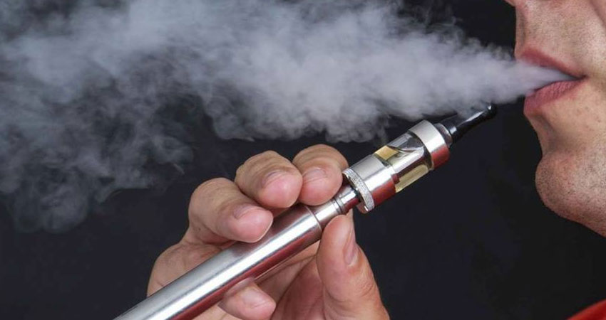 السعودية ترفع الحظر عن السيجارة والشيشة الإلكترونية