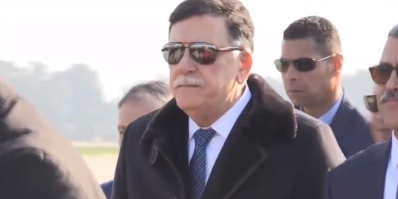 بالفيديو: وصول فايز السراج إلى الجزائر على رأس وفد رفيع المستوى