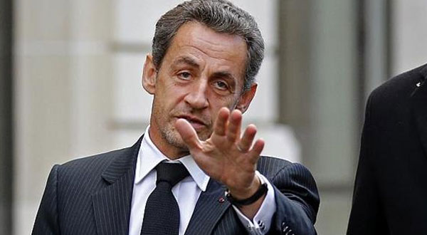ساركوزي يتراجع عن تصريحات معادية للمسلمين الذين قتلوا من أجل فرنسا