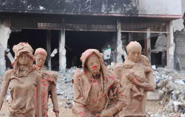 En photos : A Gaza, des sculptures en terre, qui témoignent de la souffrance des Palestiniens