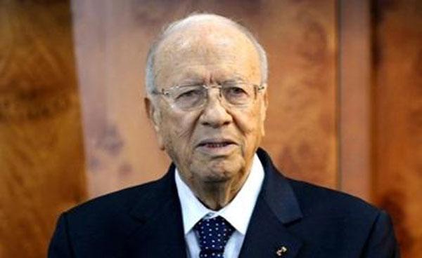 رئيس الجمهورية: '' أمام تونس رهانات كبيرة ويجب أن نكون يدا واحدة''