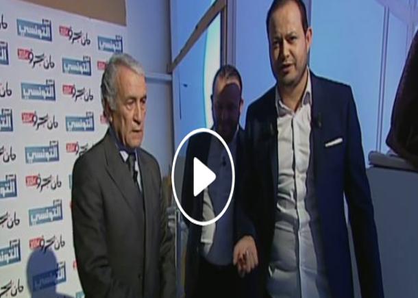 بالفيديو: عمر صحابو يغضب ويهدد بالانسحاب بسبب استقبال منير بن صالحة قبله