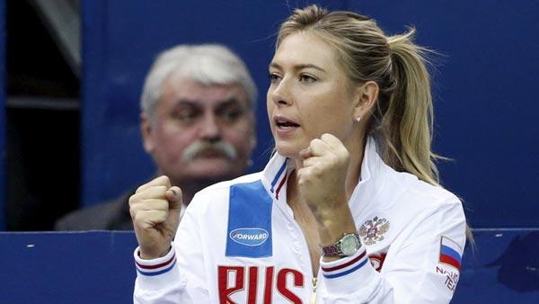 شارابوفا تعود أخيرا إلى ملاعب التنس