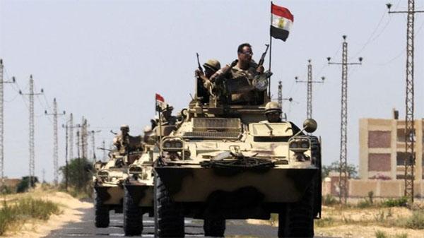 مصر: مقتل 4 جنود وإصابة 6 في هجومين منفصلين