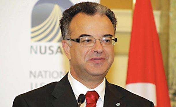 Slim Chaker nommé conseiller politique auprès de la Présidence de la république