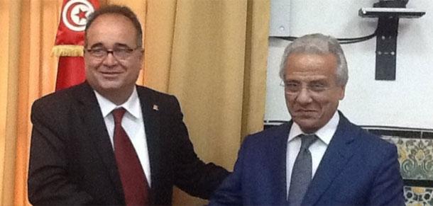 محمد الطرابلسي يتسلم مهامه على رأس وزارة الشؤون الاجتماعية