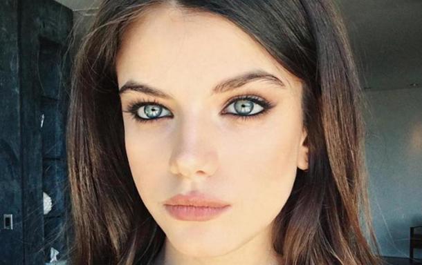 En vidéo : Sonia, la fille de Tarek Ben Ammar, se transforme en pom-pom girl dans une vidéo de Love Magazine