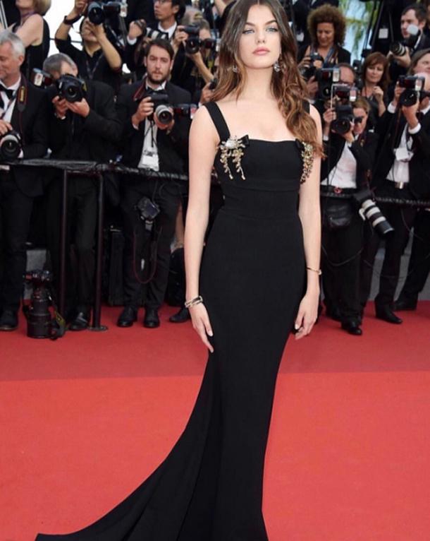 En photo…Festival de Cannes 2017 : Sonia Ben Ammar fait sensation dans une jolie robe signée Dolce & Gabbana